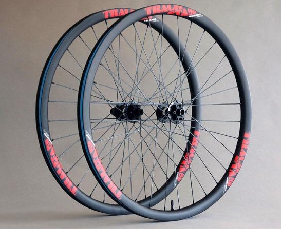 Juego de ruedas de carbono TRACKSTAR