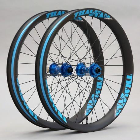 "Juego de ruedas ligeras de carbono FAT 26"" - doble pared, 65 y 90mm ancho, bujes DT Swiss DT350"